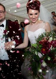 Miss bush real brides sassi holford marilyn surrey uk (5)