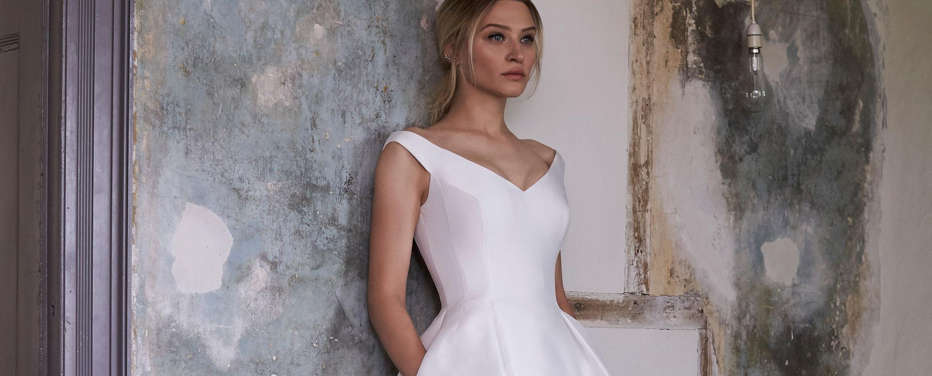 Sassi Holford Wedding Dresses at Miss Bush bridal boutique in ...